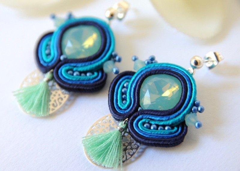 873ab5bc36ea Pendientes INDIRA azul y mint. - Irene García Designer