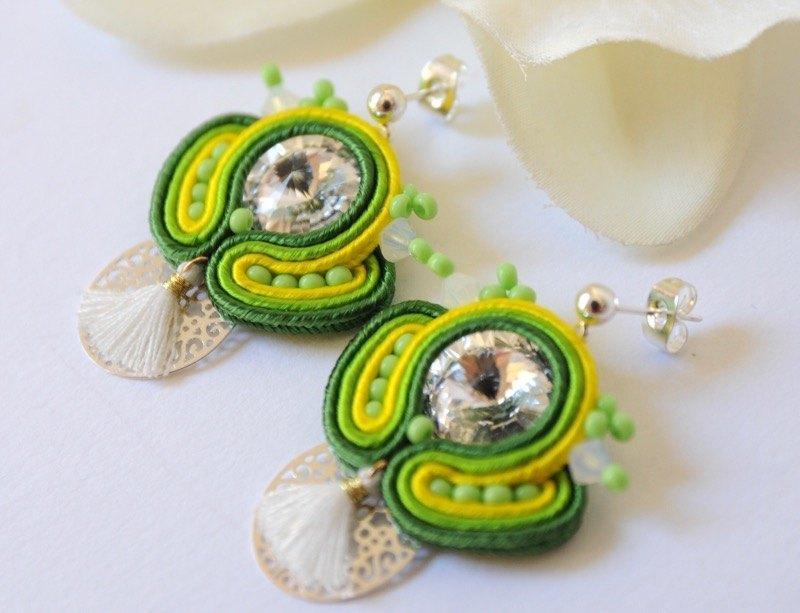f864afb74b58 Pendientes INDIRA verdes - Irene García Designer