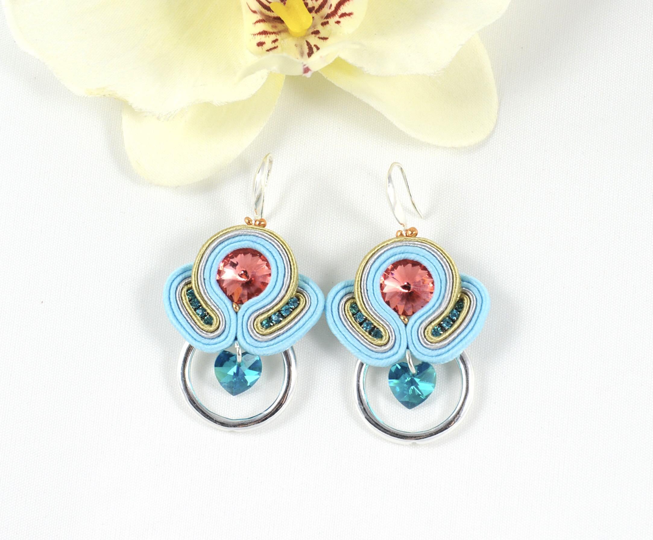 90f96a872215 Pendientes Lucía azules. - Irene García Designer
