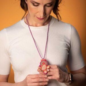 Medallón EOS arcoíris
